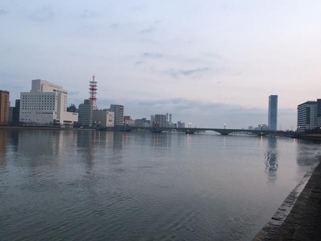 早朝散歩@<br />  新潟市内(白山神社→萬代橋)