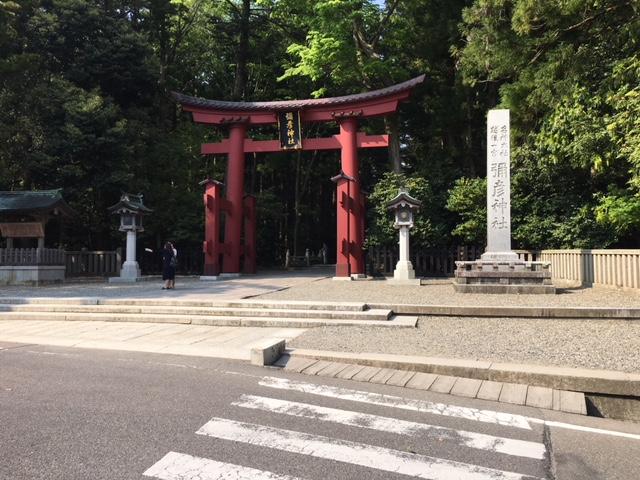 参拝@新緑の弥彦神社